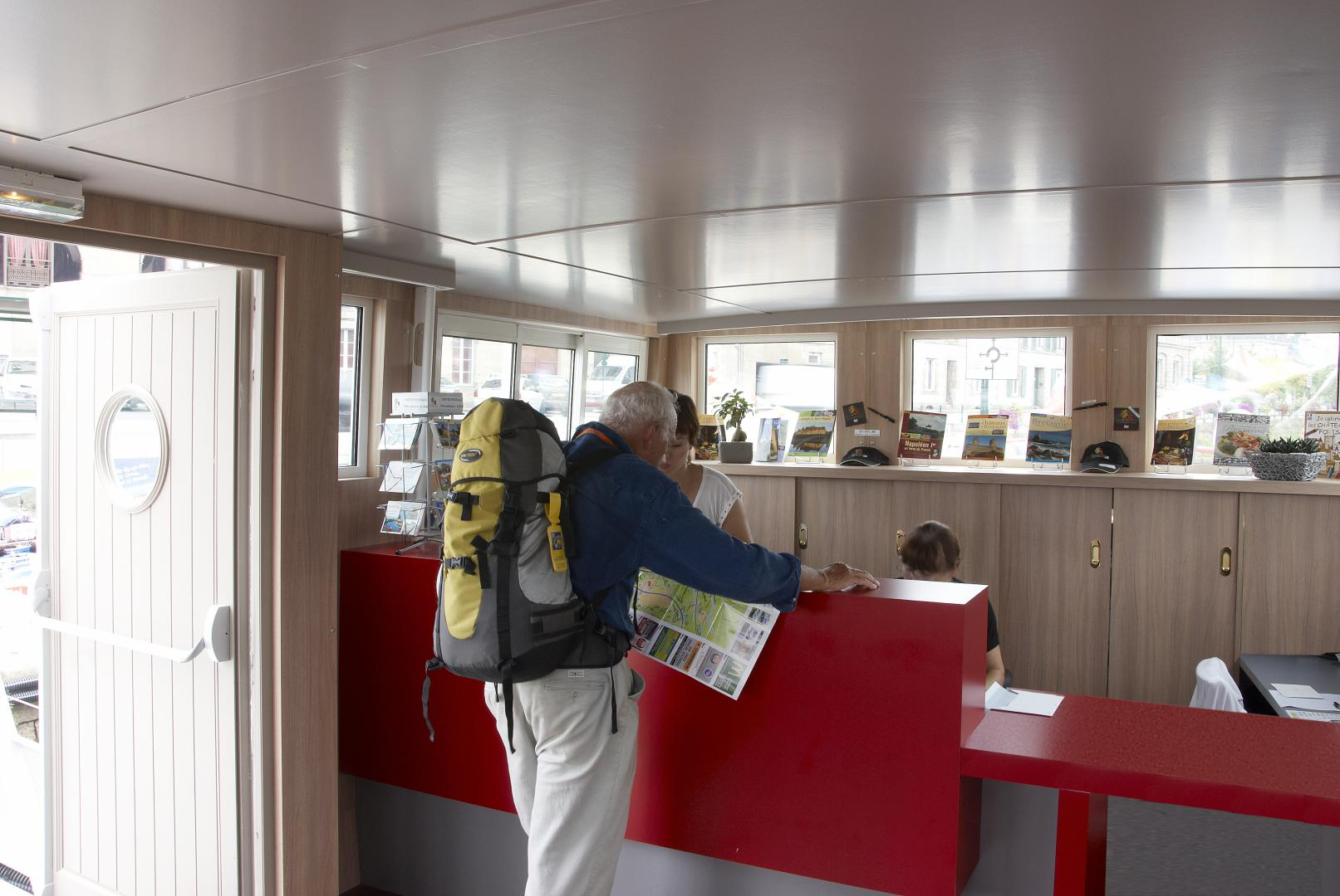 Office de tourisme r habilitation d 39 une p niche pontivy 56 atelier du lieu - Office de tourisme pontivy ...